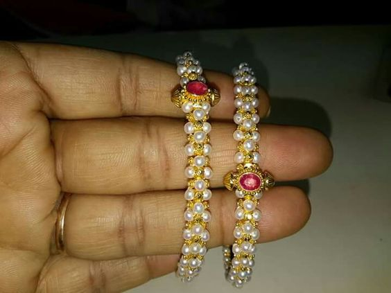 pearl-bangles-studded-with-ruby