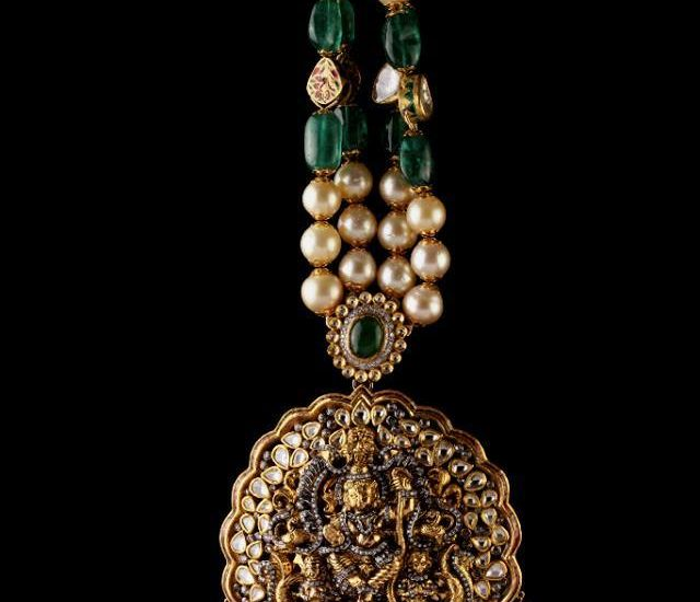 emerlads south sea peals necklace from birdhichand ghanshyamdas jewellers